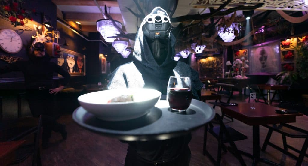 Dine In Total Darkness At This Thrilling Multi-Sensory Haunted Dinner Experience