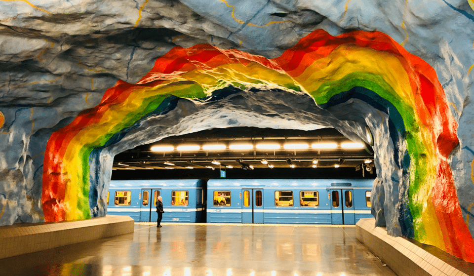 Stockholm's Colourful Metro Stations Are Incredibly Beautiful And We're Extremely Jealous