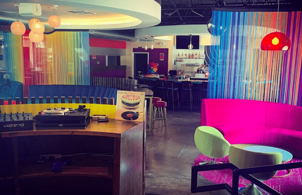This Psychedelic Vinyl Bar In Denton Is The Grooviest Spot In Town • Vinyl Lounge