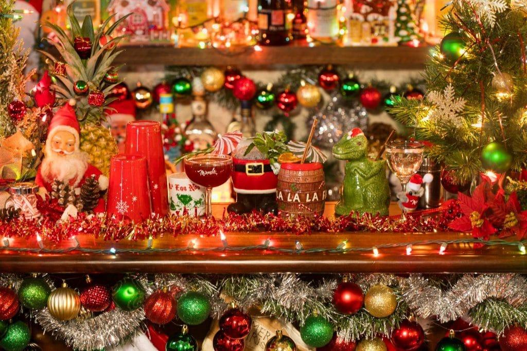 'Sippin' Santa' Pop-Up Is Bringing Beachy Christmas Cheer To Dallas