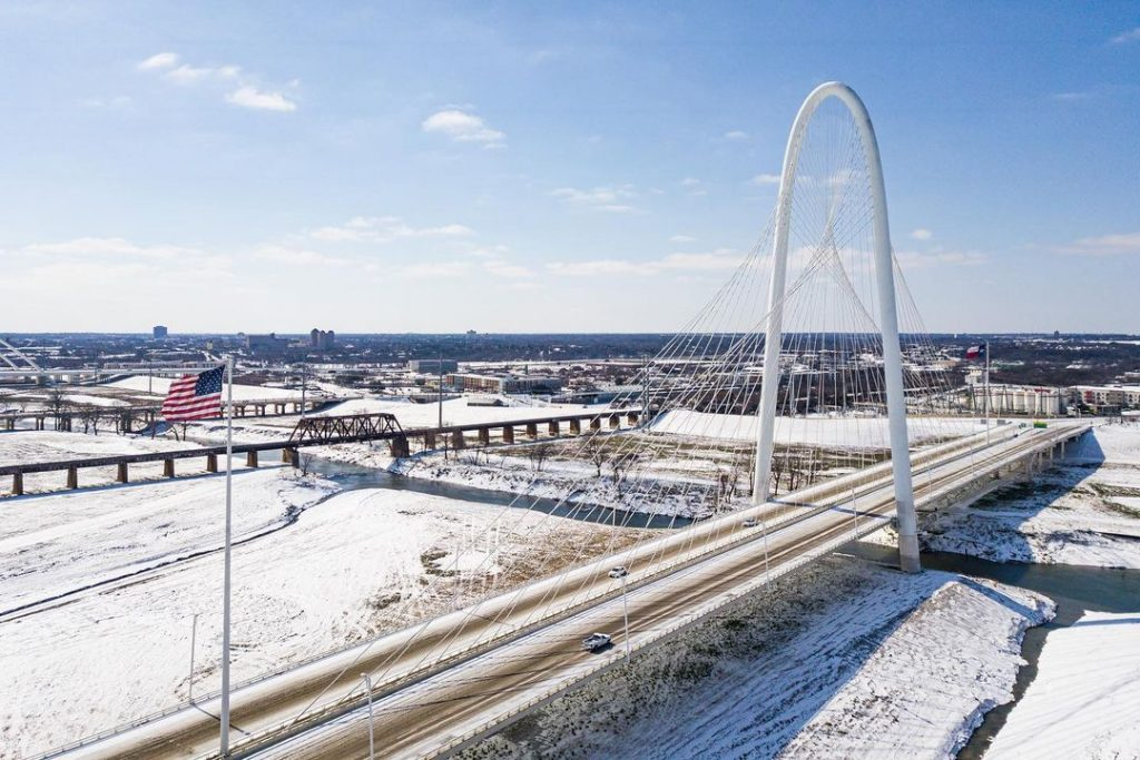 15 Gorgeous Photos Of Dallas Covered In Snow