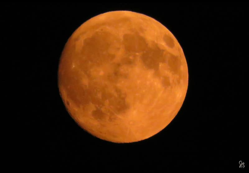 A Full 'Corn Moon' Will Shine Over DC Skies This Evening
