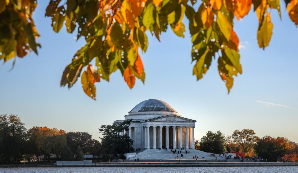 10 Stunning Places To See The Changing Leaves Around DC