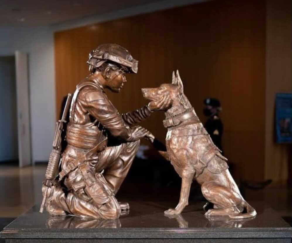 A New Statue Honoring Women In The Military Has Been Unveiled At Arlington National Cemetery