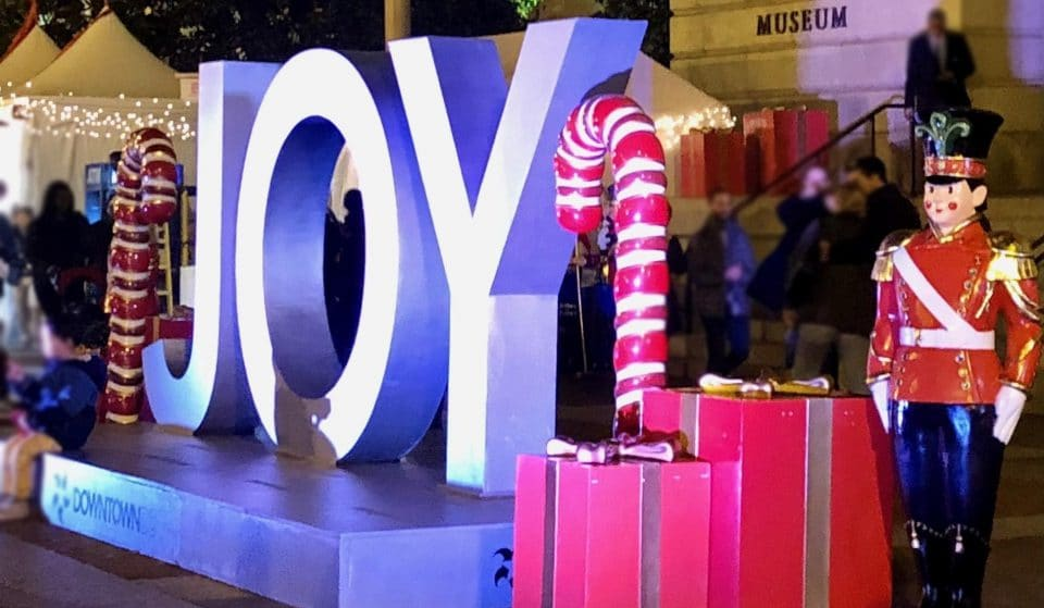Downtown DC's Holiday Market Is Closing Today!