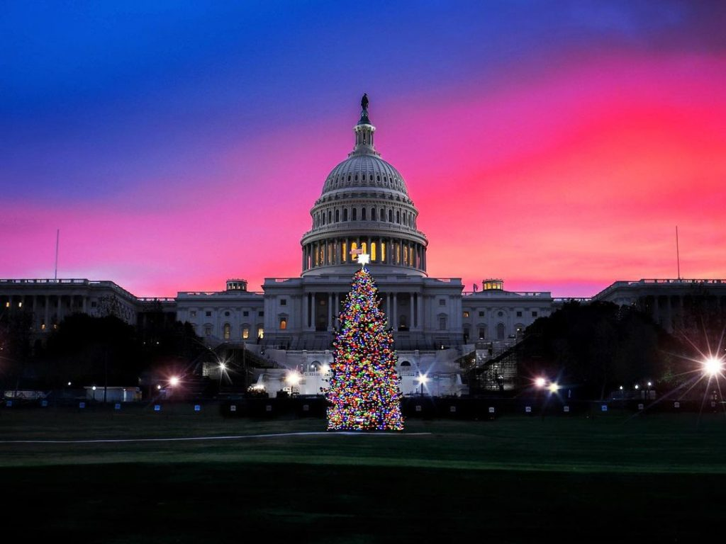 10 Fantastically Festive Things To Do In DC This Holiday Season