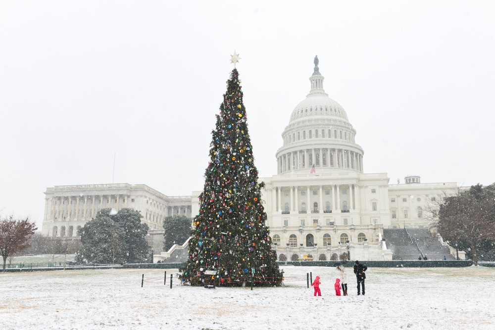 Powerful Winter Storm Could Hit DC With Heavy Snow Tomorrow
