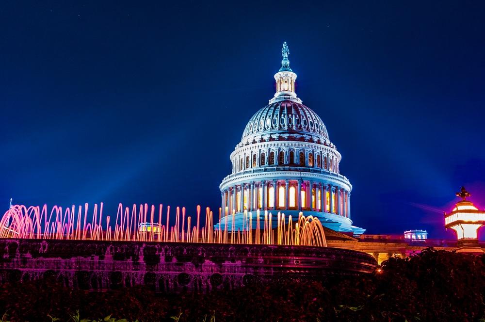 Washington DC Will Light Up For COVID-19 Memorial Tonight