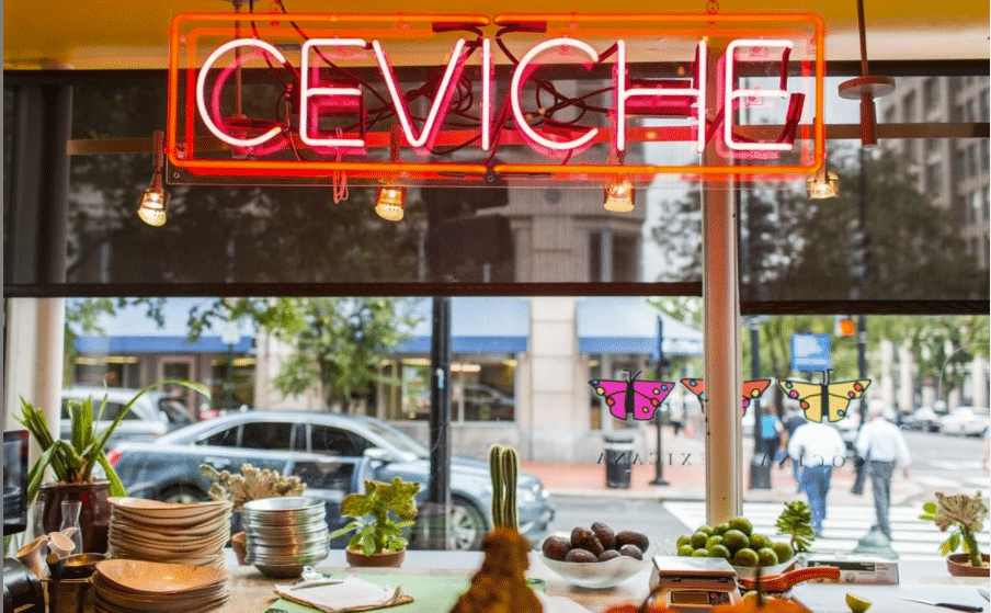 5 Must-Try Mexican Bars With An Awesome Happy Hour