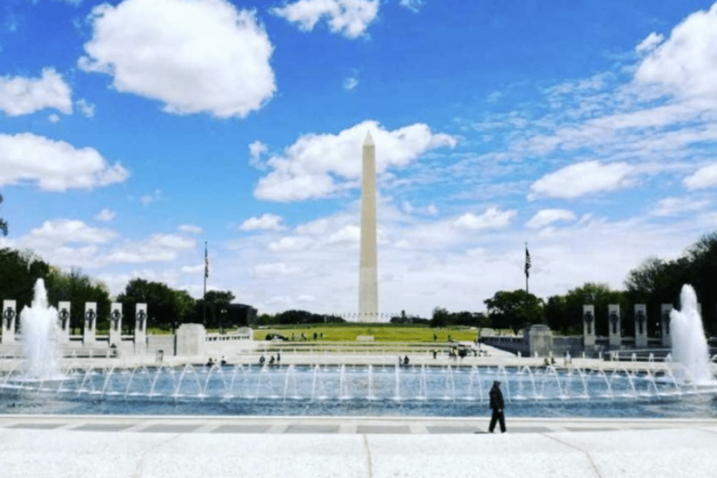 The Washington Monument Is Now Open To Visitors