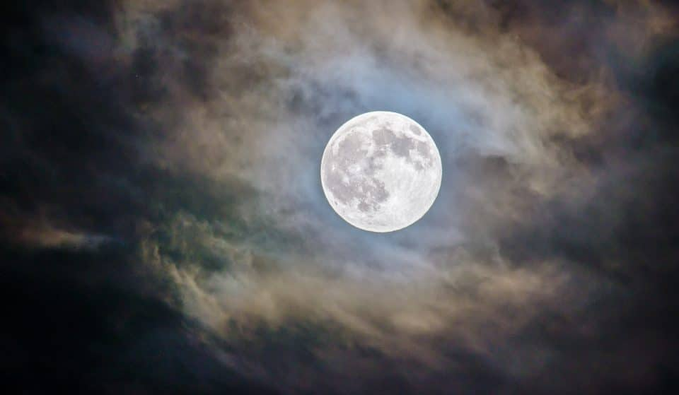 A Big & Bright 'Harvest Moon' Will Light Up Denver Skies Tonight
