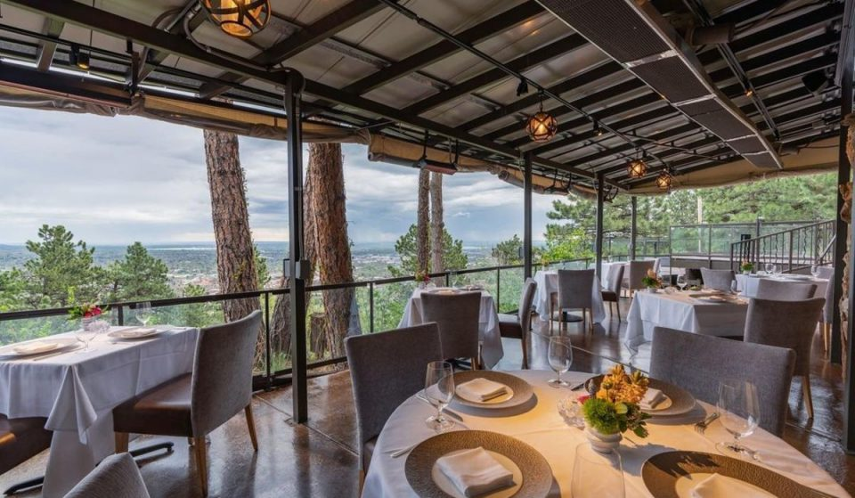 Stay at These 4 Hotels And Eat At These 7 Restaurants In Boulder During This Long Weekend