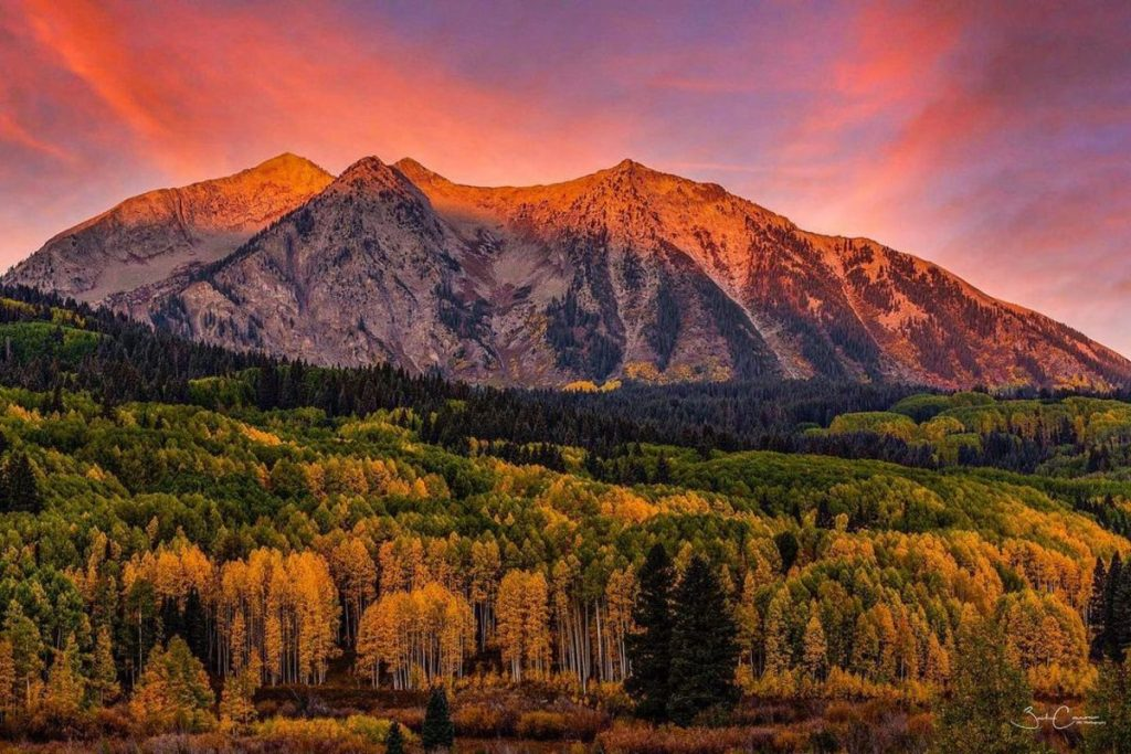 [PHOTOS] 19 Stunning Photos That Show Off Colorado's Beautiful Fall Foliage, Shot By Locals