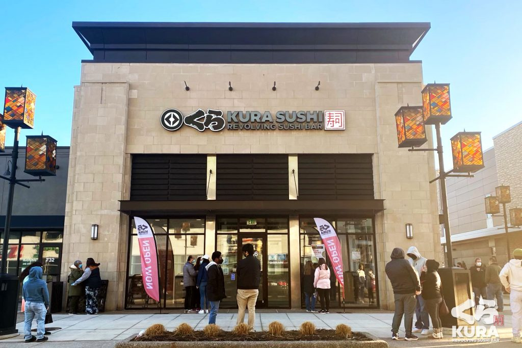 Detroit's First Revolving Sushi Bar Has Just Arrived In Troy!