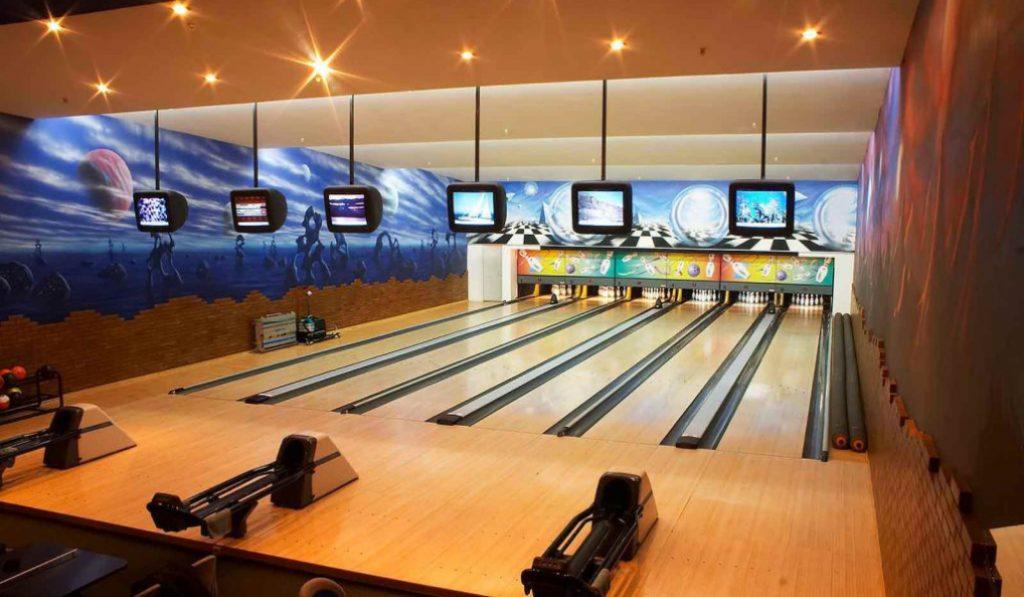 Where to go bowling in Dubai