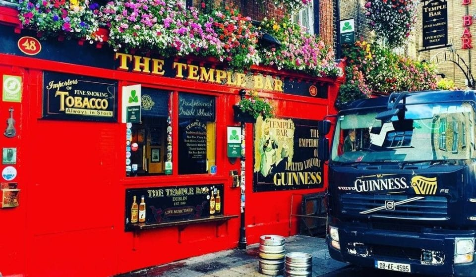 'Wet Pubs' Allowed To Reopen In Ireland From September 21