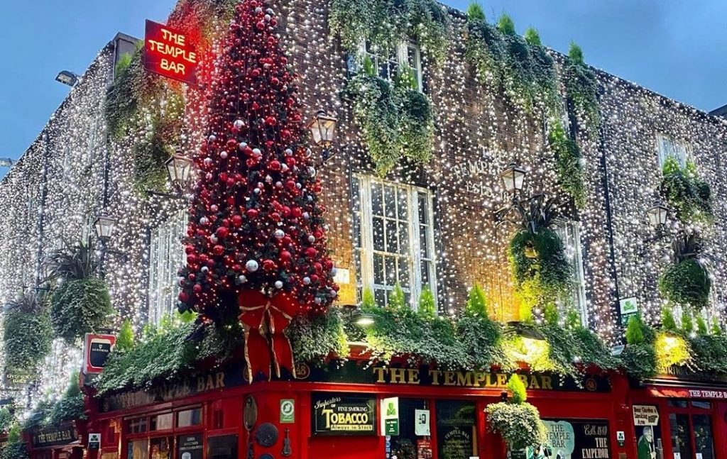 Temple Bar's Magical Christmas Lights Have Been Unveiled, And It's Giving Us All The Feels