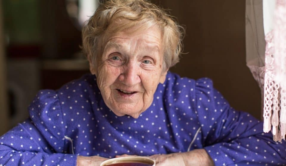 College Students In Glasgow Are Creating Care Packages For The Elderly