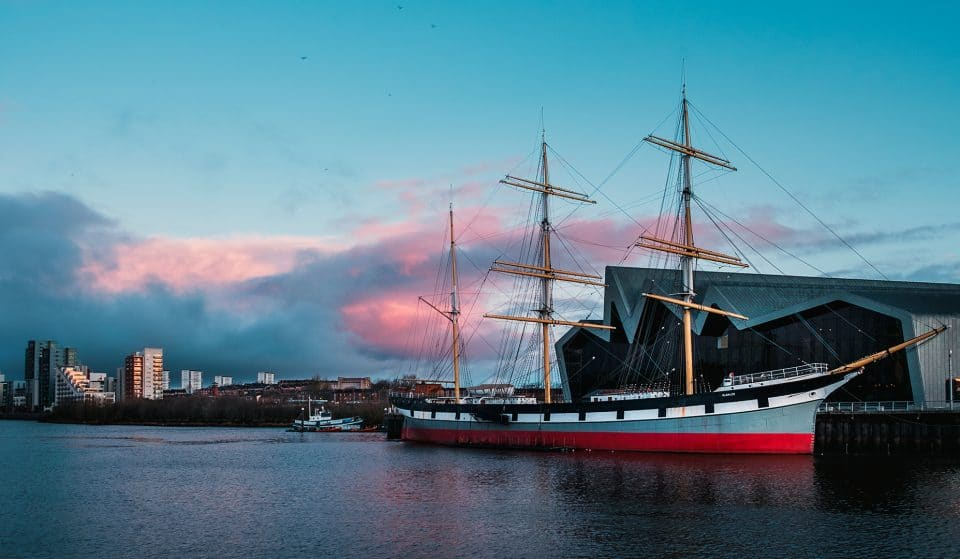 Experience A Gorgeous Floating Candlelight Concert On The River Clyde