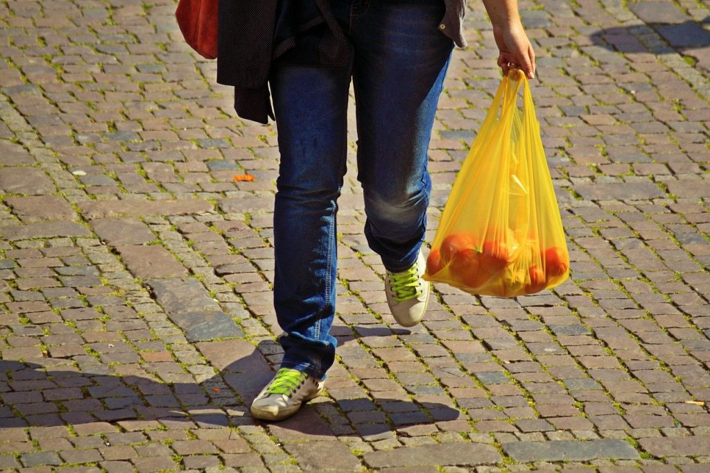 cost-carrier-bags-rise-scotland