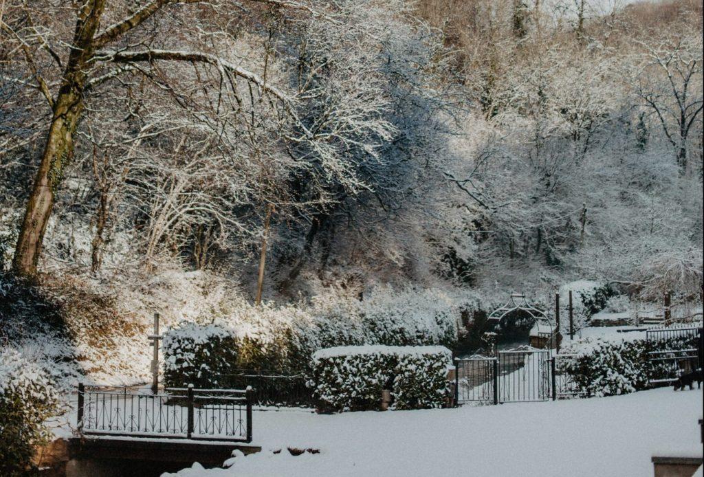snow-glasgow