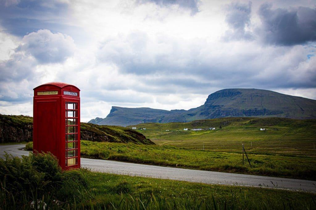 isle-of-skye-telephone-box