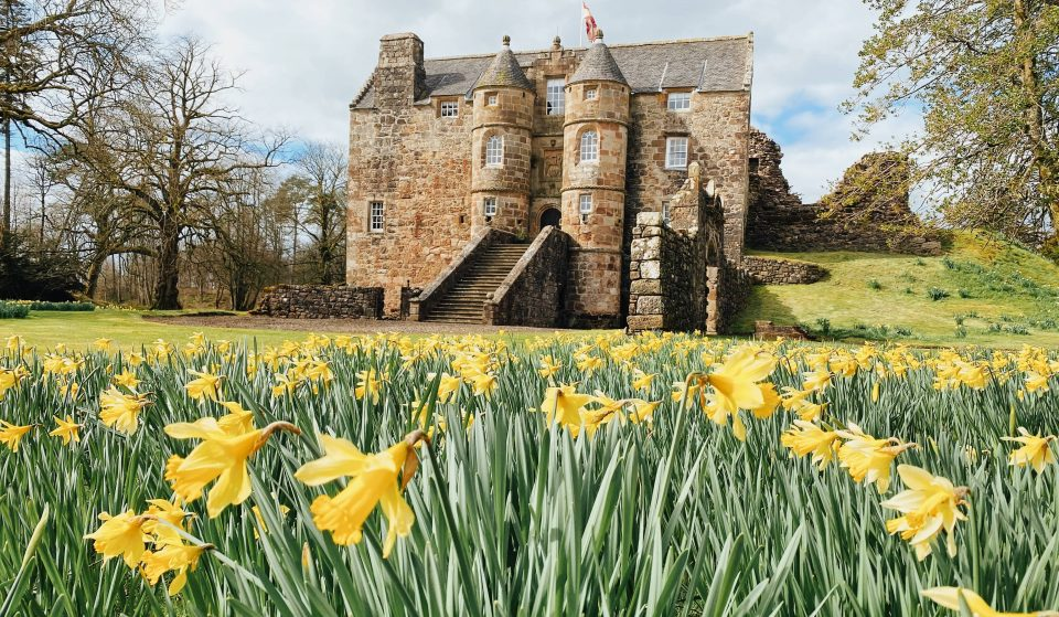 This Fairytale Castle Just 20 Minutes From Glasgow Is The Perfect Getaway · Rowallan Castle