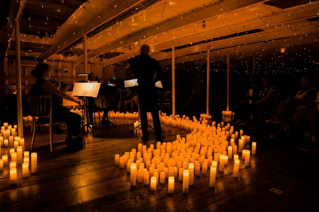 Floating candlelight concert
