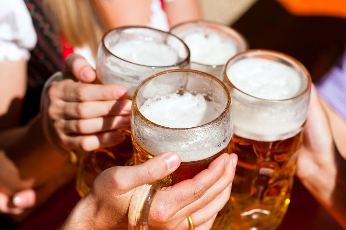 oktoberfest-steins-beer-things-to-do-october
