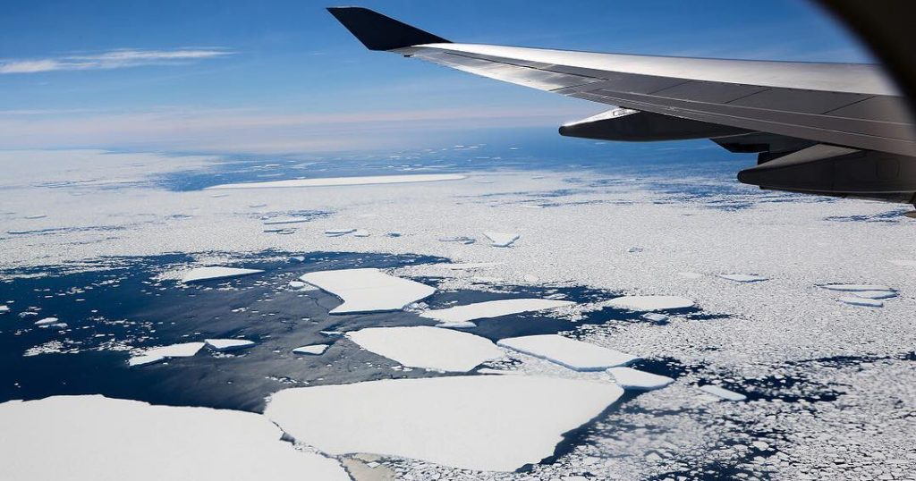 Qantas Has Released Tickets For A New Scenic Antarctica Flight Travelling Early Next Year