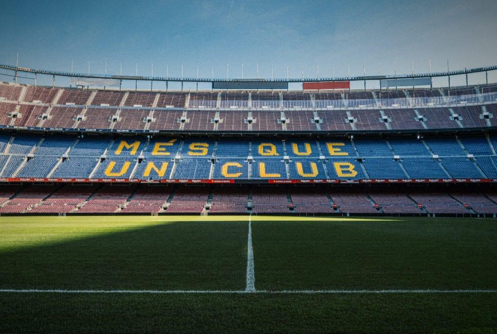 Jetzt könnt Ihr mit Freunden im Stadion des FC Barcelona spielen
