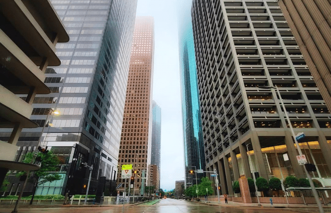 IN PHOTOS: 10 Pictures Of Houston Looking Freakishly Empty While People Quarantine