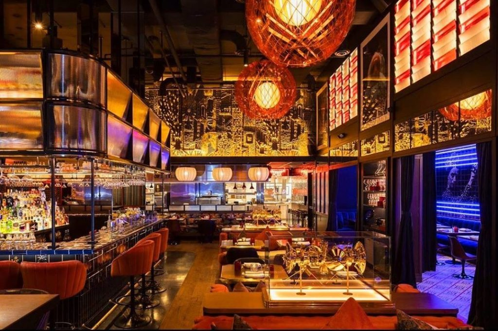 This Clubby Restaurant In Houston Will Transport You To A Spanish Discoteca  • MAD Houston
