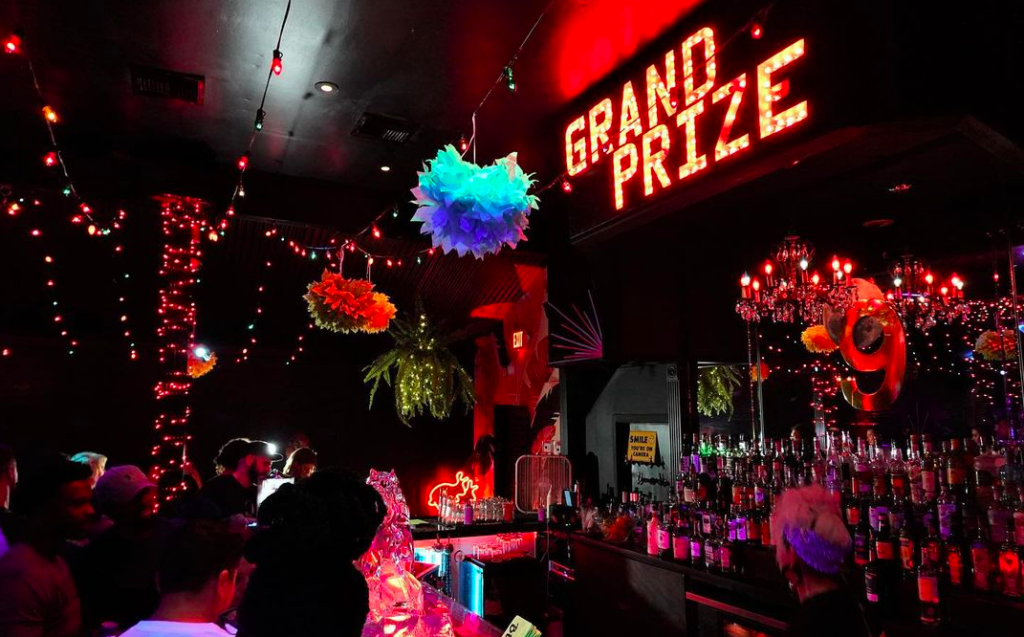 This Dive Is The Most Festive Hole-In-The-Wall In Houston • Grand Prize Bar