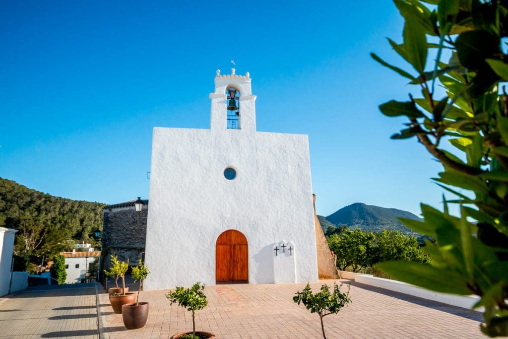 Sant Agustí des Vedrà: Time has stopped at this quiet and romantic getaway in Ibiza
