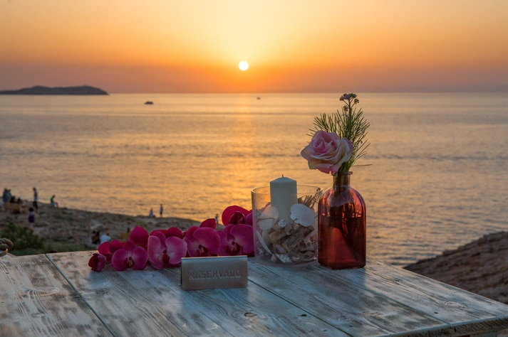 Fall in love with the most romantic restaurants in Ibiza