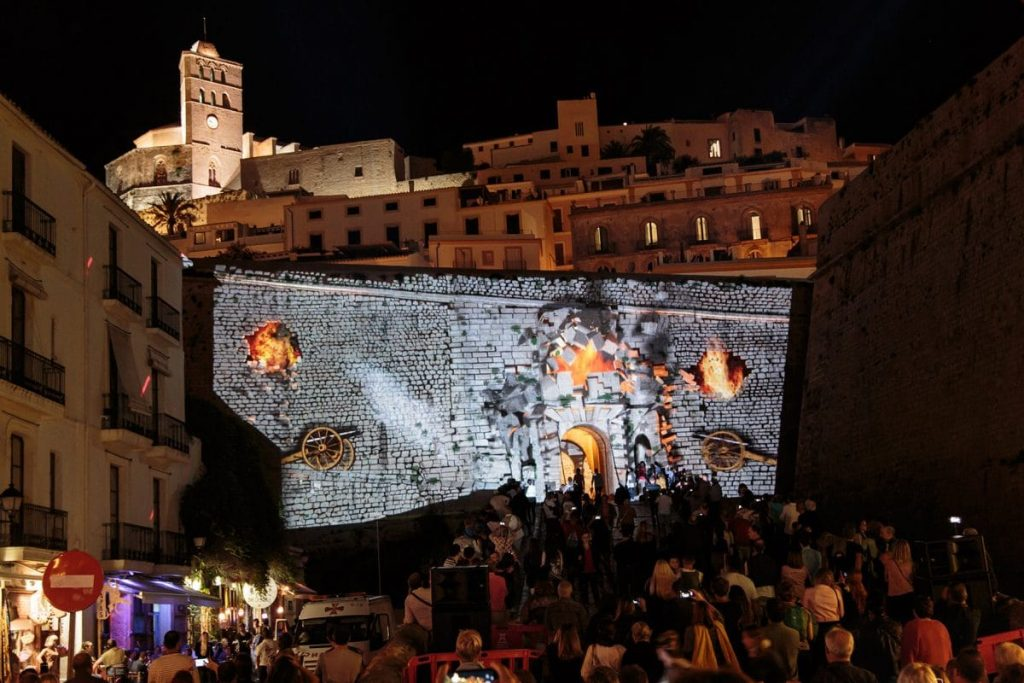 This weekend, the port and La Marina will shine brighter at the Ibiza Light Festival
