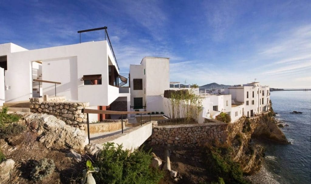 THE BRONER HOUSE: a legacy and a real beauty in Ibiza