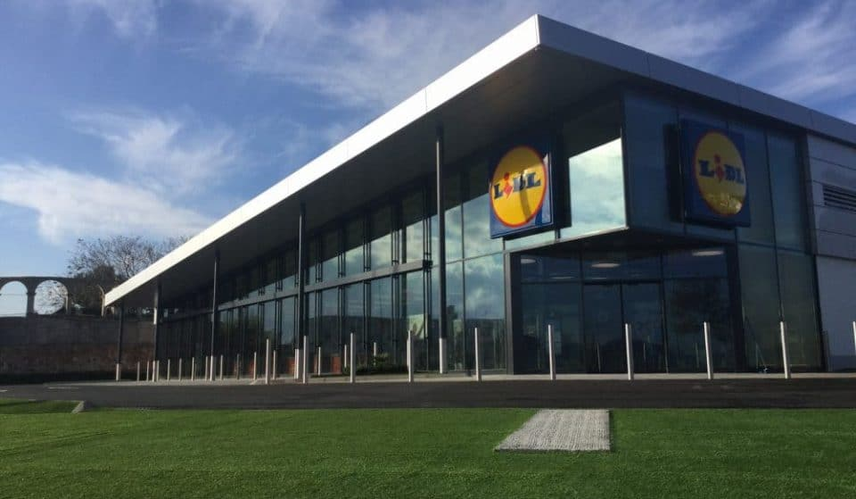 Lidl no longer sells plastic bags or any other single-use products in Ibiza and Spain