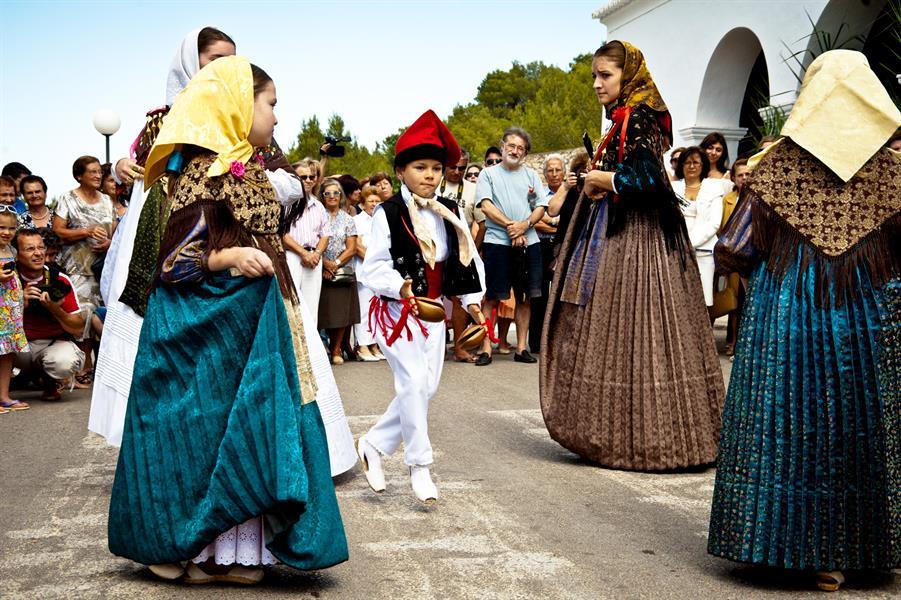 Join the Sant Antoni Fest 2019