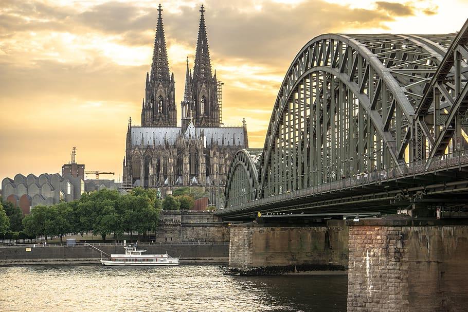 Secret Media Network kommt nach Köln