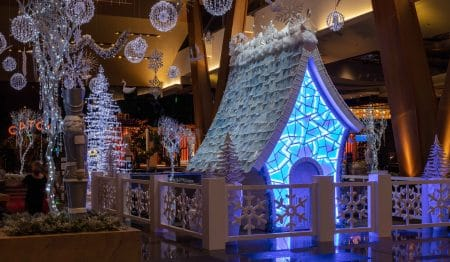 Aria Resort & Casino Built A Life-Size Winter Wonderland Palace Made Of Sugar And 400 Pounds Of Icing