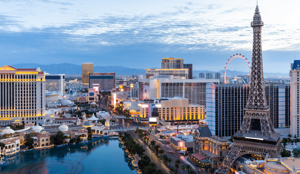 """22 Best Responses To """"Tell Me You're From Las Vegas Without Telling Me You're From Las Vegas"""""""
