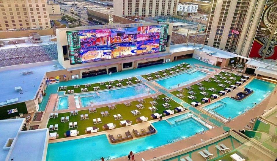 This Las Vegas Casino Resort Has Opened America's Biggest Pool Amphitheater