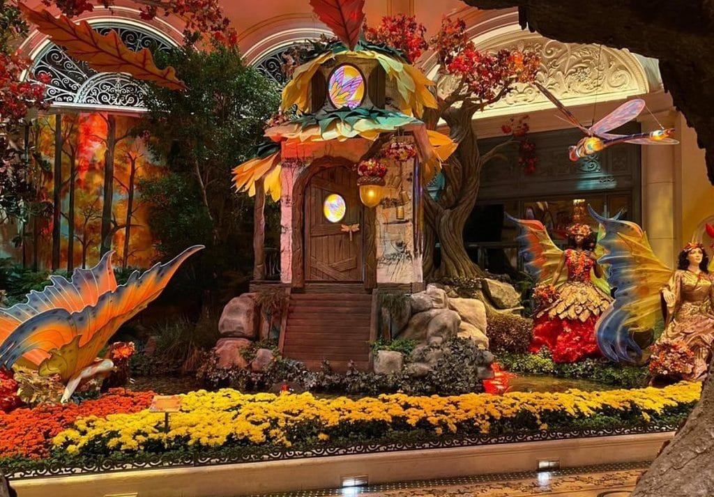 The Bellagio's Autumn Harvest Is Your Cottage Core Dream Come To Life
