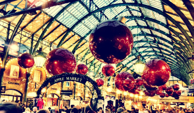31 Thoughts Every Londoner Has Had In The Run Up To Christmas