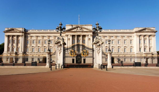 Buckingham Palace Is Hiring And It's As Ridiculous As You'd Imagine