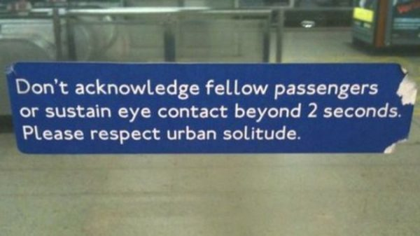 eye-contact-tube-funny-london