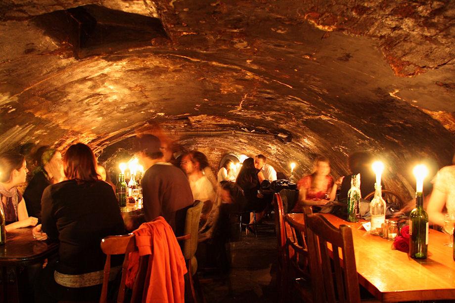 bars-london-vaults