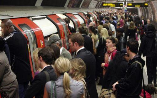 tube-london-underground-commute-funny